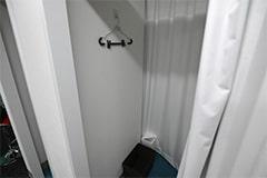 アップルジム赤羽店のジム画像・広々と使いやすい更衣室