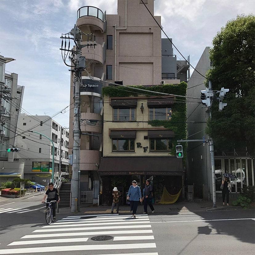アップルジム恵比寿店までの道のり・目印の信号