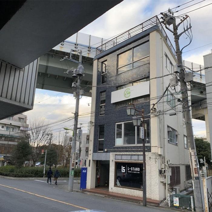アップルジム二子玉川店までの道のり4・そのまま進むと店舗のあるビルに到着します。
