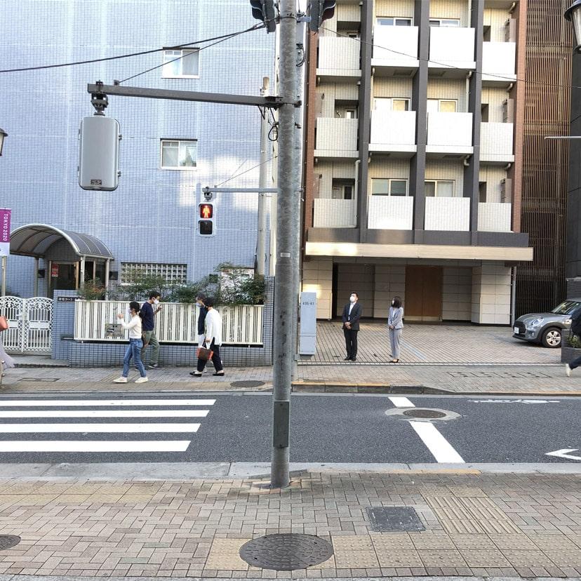 アップルジム神楽坂店までの道のり・駅前の通り