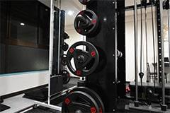 アップルジム恵比寿店のジム画像・トレーニング機材とベンチ