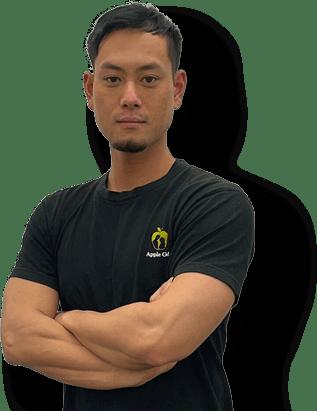 中野店のパーソナルトレーナー松元健太2